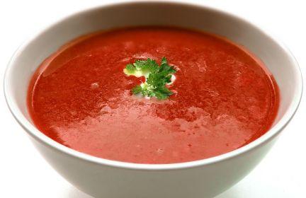Zupa pomidorowa z kasza jaglaną.