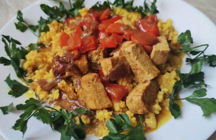 Curry z papryki i tofu